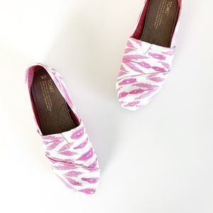 TOMS Tribal Print Alpargata Slip-On Flats Pink 8